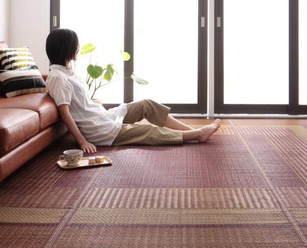 ラグは冬だけのものではない。床を彩る夏用のラグでリビングルームを華やかに演出 4番目の画像