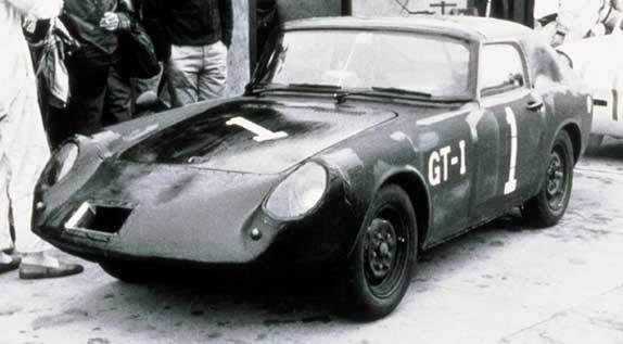 """国産スポーツカーの歴史を紡いできた2台が打ち立てた""""伝説""""とは。:魅惑のスポーツカーシリーズ 1番目の画像"""