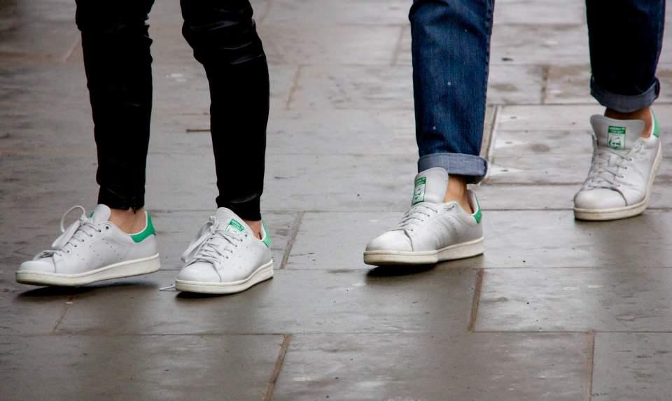 おしゃれファッションはスニーカーで作る。この夏のファッションコーデに欠かせないスニーカー3選 1番目の画像