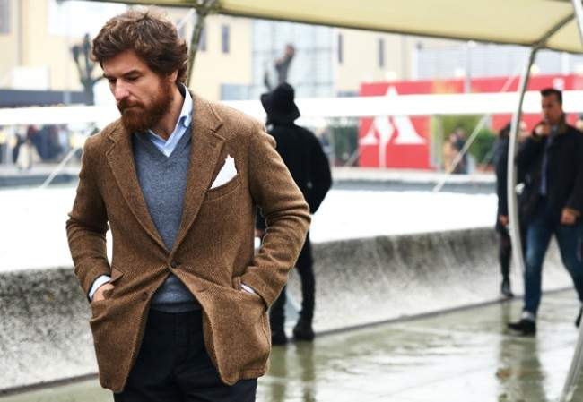 大人のジャケットスタイルは「ハズし」が肝心。ジャケットを制する者が、お洒落を制する。 1番目の画像