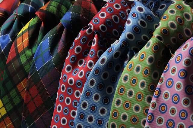 夏のスーツスタイルはネクタイで魅せる。ポール・スミス(Paul Smith)の新作ネクタイ5選 1番目の画像