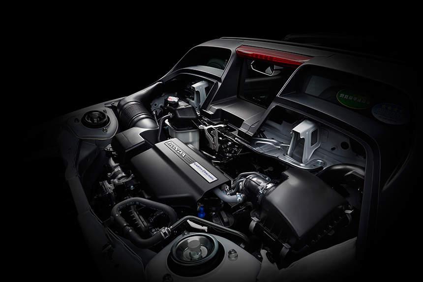 国産スポーツカーを牽引する「ホンダ」。S660が世界クラスのスポーツカーと名高い理由(ワケ) 6番目の画像