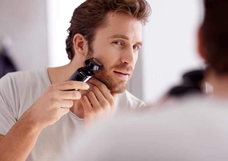 髭の剃り残しは社会人としても、男としてもNG。予算2万円以内のおすすめ電動シェーバー3選 1番目の画像