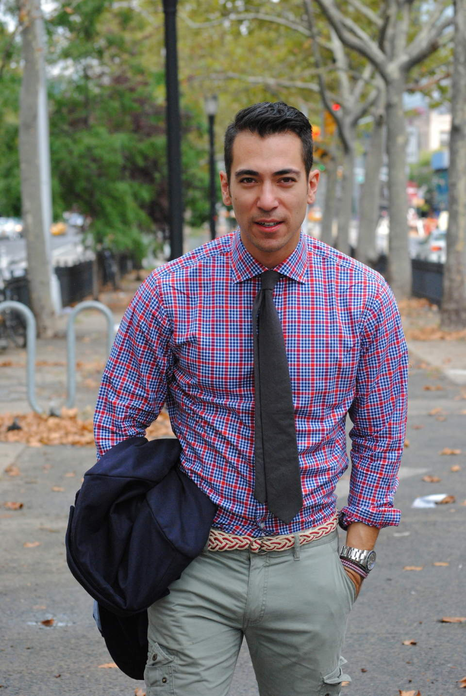 簡単に垢抜ける、チェックシャツのコーデ術。世界のおしゃれメンズから学ぶ、チェックシャツの成功法 2番目の画像