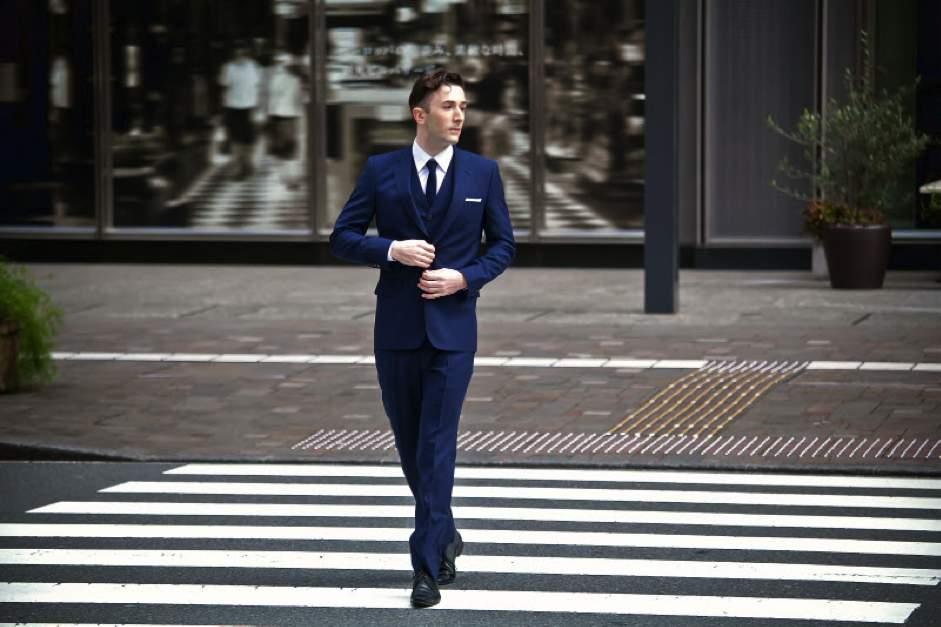 """2万円台のスーツが20万円のスーツを凌駕する。スーツの着こなしにおける""""フィット感""""の重要性 2番目の画像"""