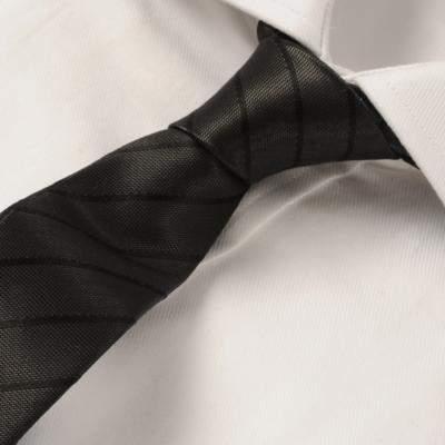 Vゾーンを左右する「ネクタイの結び方」:ワンランク上のおしゃれを目指すビジネスマン達へ 2番目の画像