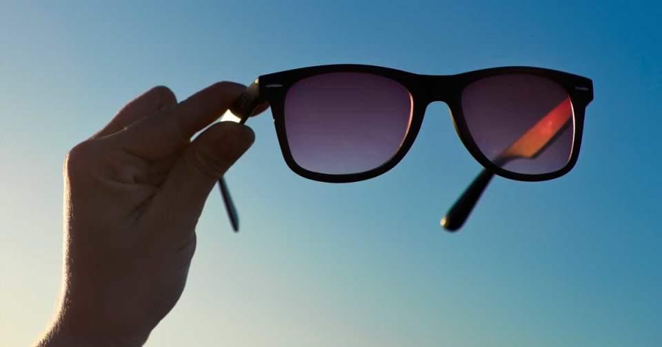 """大人の""""かっこいい""""を追求したサングラス4選。夏のアウトドアシーンはお気に入りのサングラスと共に 1番目の画像"""