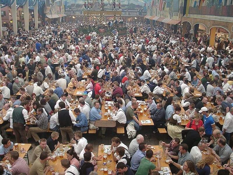 来場者数50万人超え! ビールの祭典「オクトーバーフェスト」はなぜ人気になったのか 2番目の画像