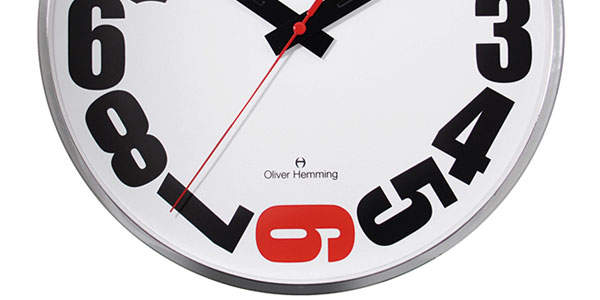 おしゃれな掛け時計が部屋を明るく彩る。デザインの優れた掛け時計5選 2番目の画像