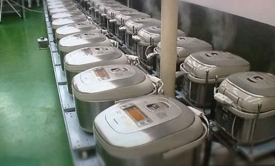 """工場に家庭用炊飯器が60台! 長崎ちゃんぽん「リンガーハット」のユニークな""""工場""""戦略とは 2番目の画像"""