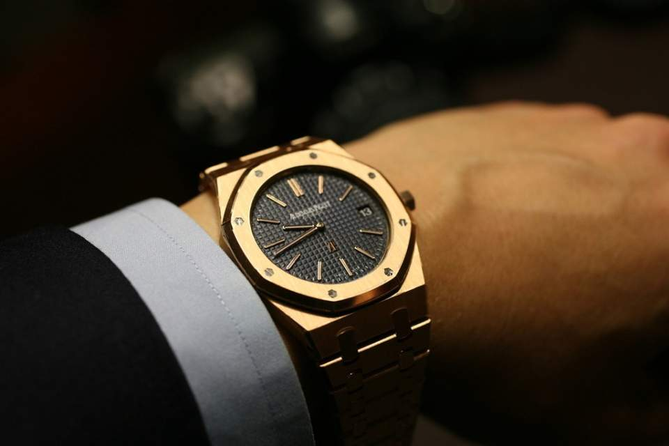 知る人ぞ知る、高級腕時計ブランド3選:上質な大人の手元では、隠れたブランド力が光るもの。 3番目の画像