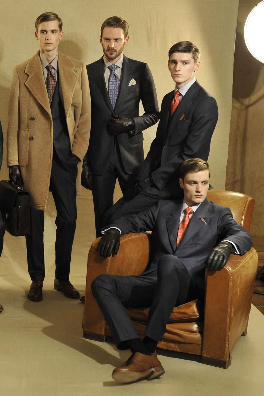 """おすすめのスーツブランド特集:デキるビジネスマンは、""""自分に合った""""スーツブランドを知っている。 2番目の画像"""