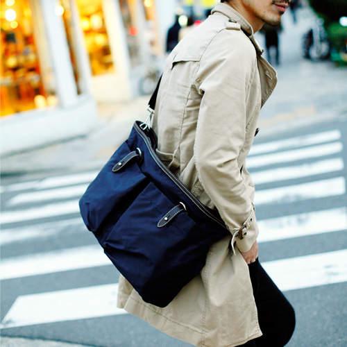 おしゃれビジネスバッグを展開するブランド3選:おしゃれカバンが、大人の男を格上げする。 4番目の画像