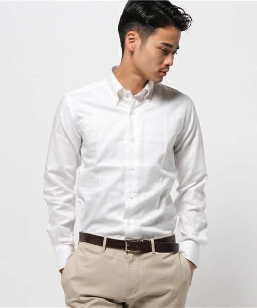 おすすめの白シャツブランド傑作選。ワンランク上の白シャツで、スーツ姿を格上げする。 3番目の画像