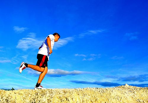 おすすめのスポーツ用イヤホン4選:快適なジョギングはスポーツ用イヤホンと共に 1番目の画像