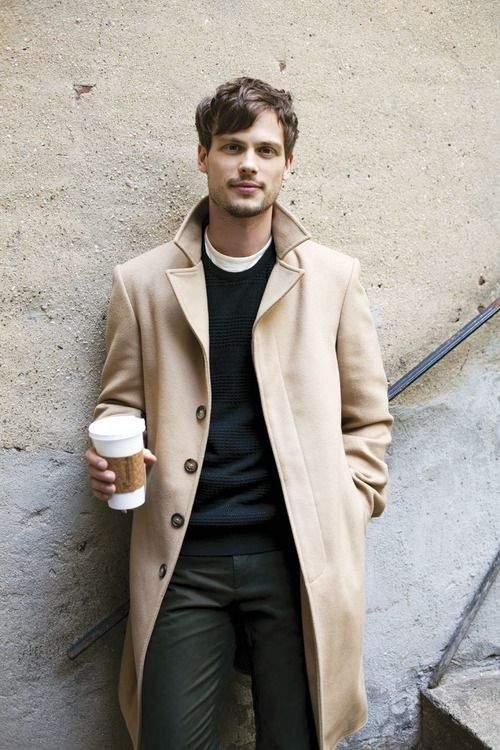 コーヒー片手に粋な佇まい。デートが待ち遠しくなる秋冬コート・ジャケット5選 5番目の画像