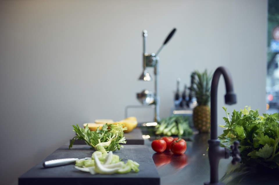 """まるで野菜をかじったような飲料「GREENS」。カゴメが打ち出す""""新時代の野菜ジュース"""" 4番目の画像"""