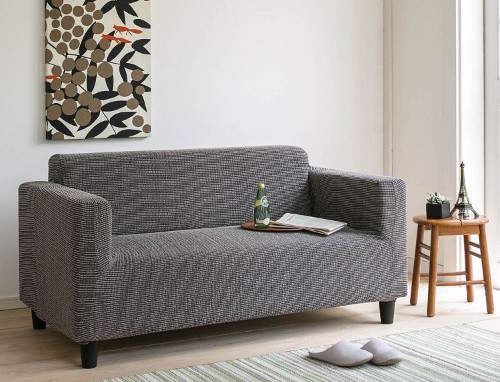 ソファーのデザインをおしゃれに変えるソファーカバーという存在。季節ごとにデザインを変えよう 3番目の画像