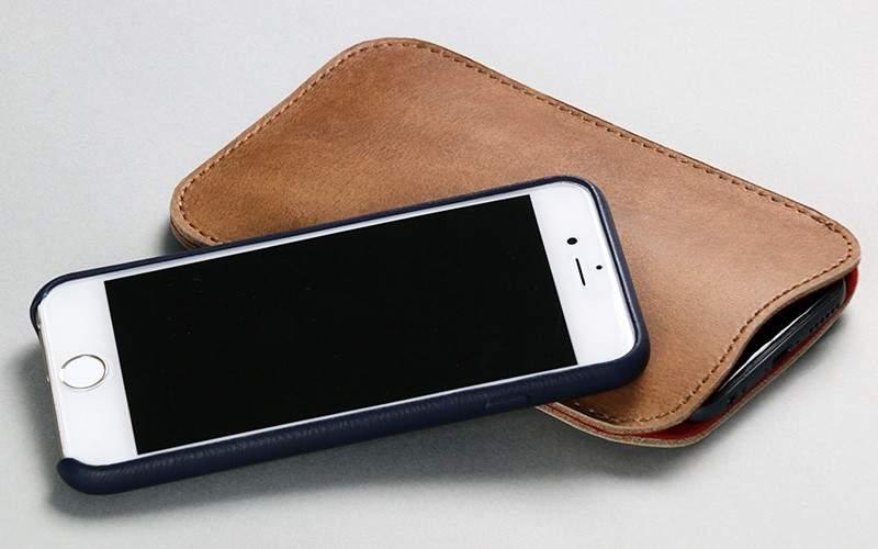 たかがケース、されどケース。iPhone用レザーケースで大人の男を演出。 6番目の画像