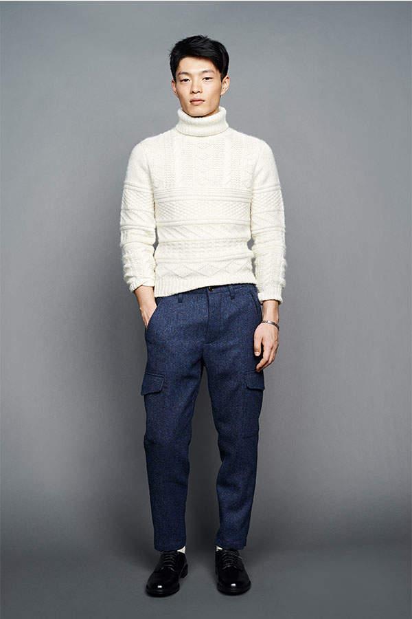 大人メンズを魅了する、白ニットの着こなし。本当にお洒落なメンズなら知っているそのコーデ術とは? 3番目の画像