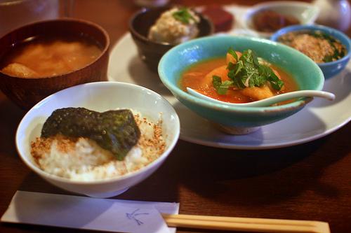 美味しいご飯を炊ける炊飯器たち。素晴らしい一日は美味しいご飯と共に――。 1番目の画像
