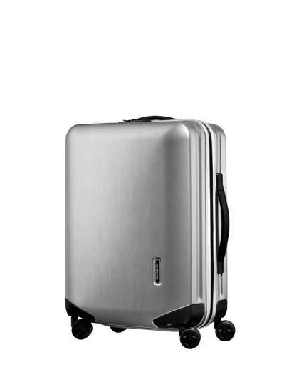 出張を快適に過ごすためのビジネス用スーツケース。ビジネスでも機能性・デザイン性を妥協しないために 2番目の画像