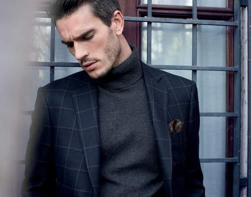 大人の男こそ着こなしたい。秋冬トレンドアイテム、タートルネックの5色のカラー別コーディネート 1番目の画像