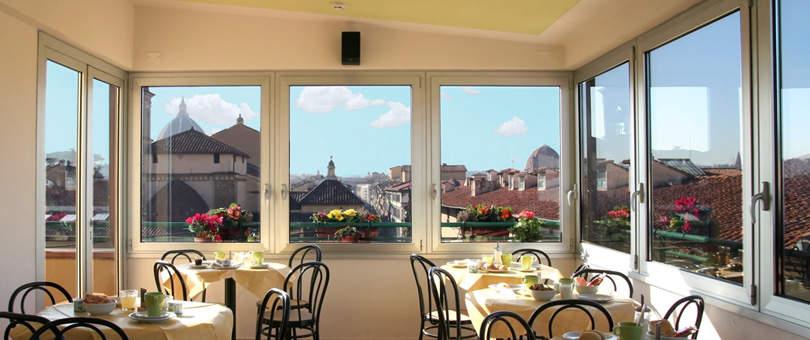 「世界ベストホテルランキング」トップ10:幻想的な夜景や豪華な朝食が旅を素敵にする 14番目の画像