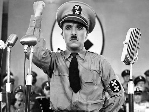 鬼上司なんて笑い飛ばせ! 弱き民衆の味方、ヒトラーと闘った喜劇王・チャップリンの名言に学ぶ 1番目の画像
