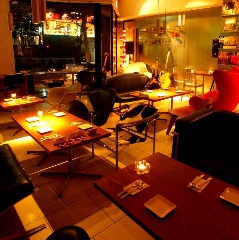 おしゃれカフェで贅沢な寛ぎ時間を味わおう。何度も訪れたくなる、都内のおしゃれカフェガイド 8番目の画像