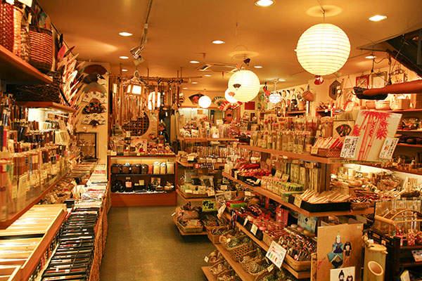 お洒落は服だけじゃない。ライフスタイルを彩る、絶対にチェックしておきたい「東京の雑貨屋」 1番目の画像