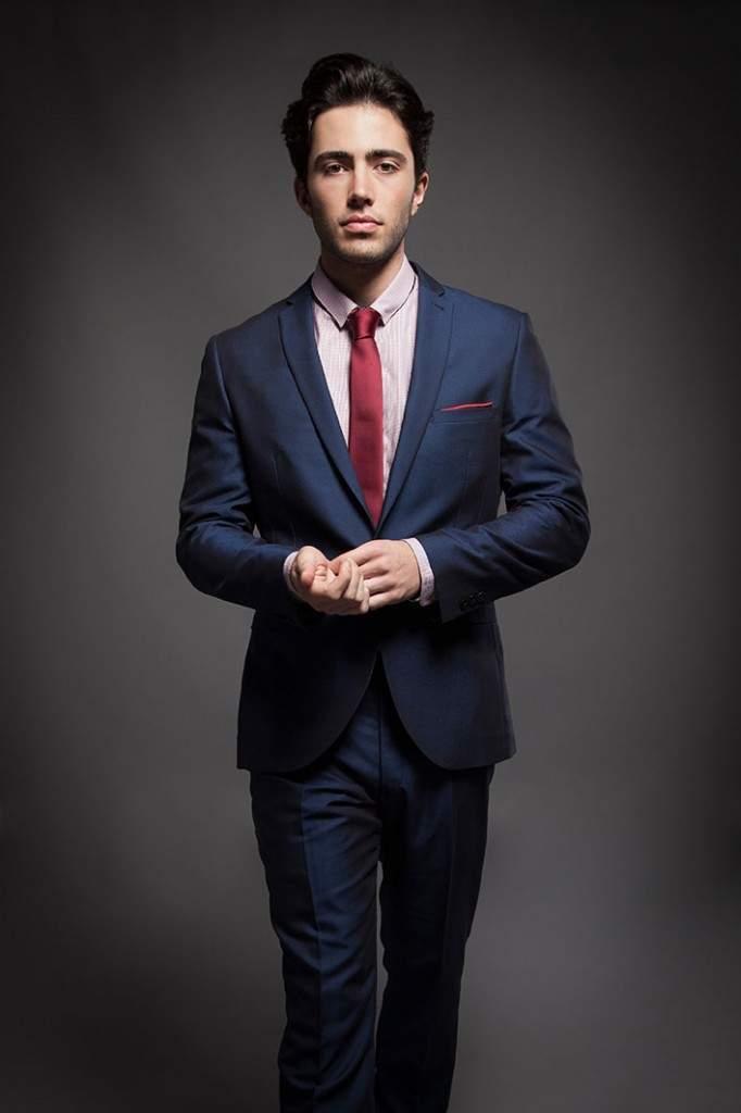 「スーツの選び方・着こなし法 第七ヶ条」を制定!:男のスーツは肩で着ろ。 9番目の画像