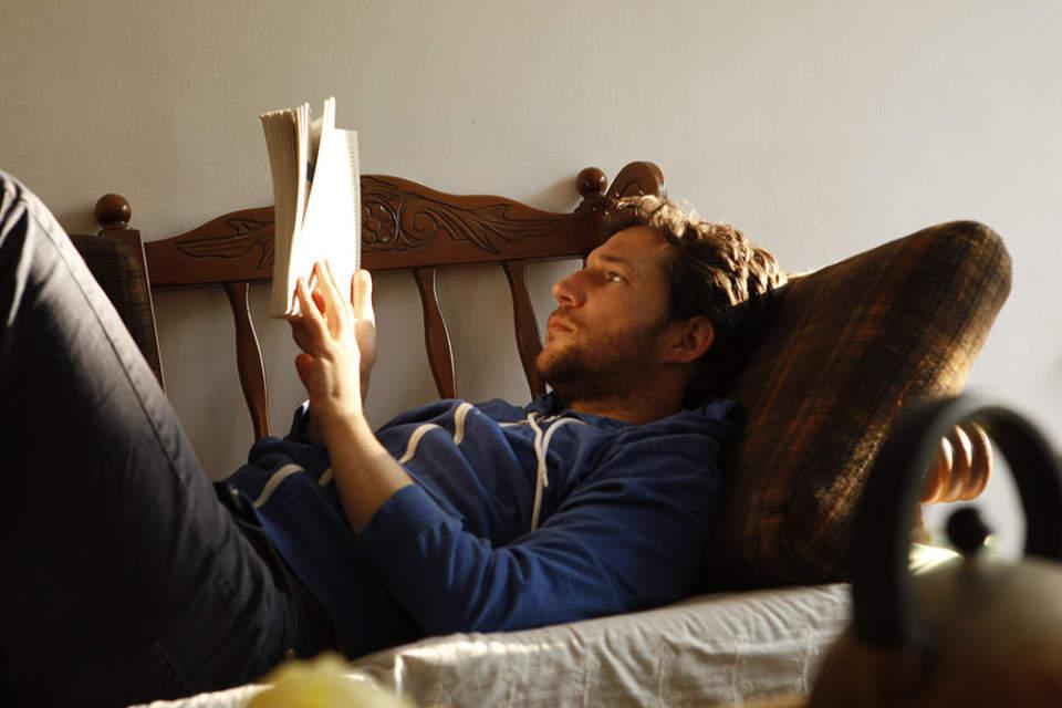 本だって見た目が9割! トータルコーディネートで楽しむ、おしゃれな大人のブックカバー 1番目の画像