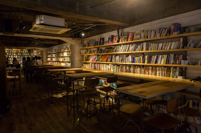 東京にある、異彩を放つおすすめ本屋。ビール片手に本を読もう。 10番目の画像