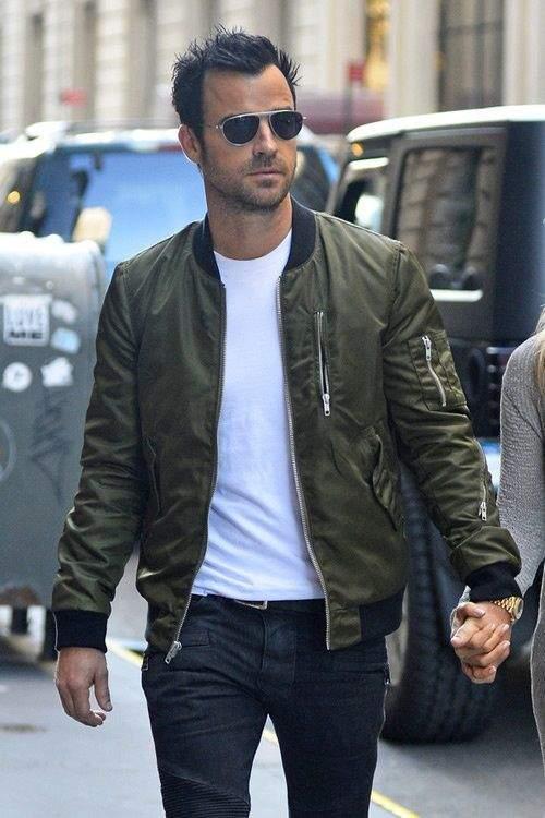 """ジャケットのインナーシャツにはこだわりを! おしゃれメンズの5つの""""インナーシャツテクニック"""" 6番目の画像"""