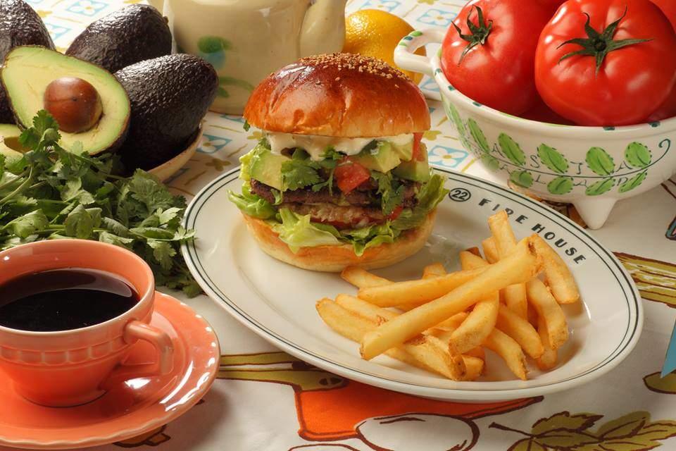 肉汁したたる、東京のハンバーガー11店:今食べなきゃ損! 新規オープンから老舗店まで。 3番目の画像