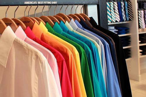 Yシャツの襟汚れを簡単ホワイトニング。汗じみ・黄ばみ・頑固な襟汚れを落とす切り札はコレだ! 1番目の画像
