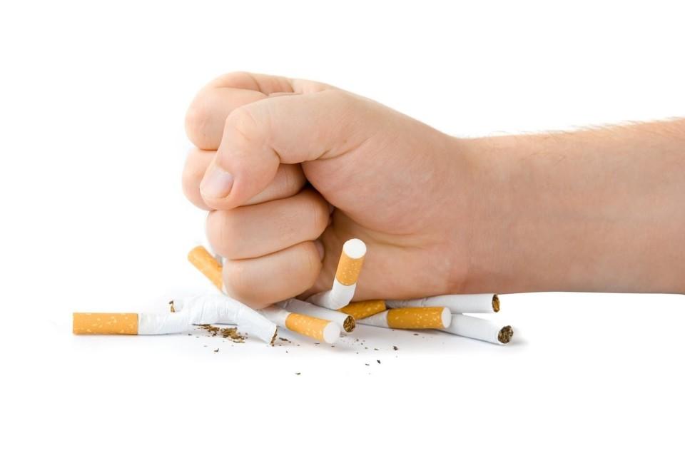 """""""人事は喫煙室で決まる?"""" 「タバコ×休憩=タバコミュニケーション」を巡る仕事場での賛否の声 3番目の画像"""