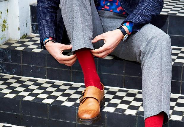 """靴下がファッションの決め手! 意外と難しい靴下コーデをマスターして、""""足元から""""おしゃれメンズに 1番目の画像"""