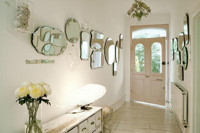 玄関に置くとキマる10個のインテリア小物:玄関をもっとおしゃれに楽しく、便利な空間に 11番目の画像