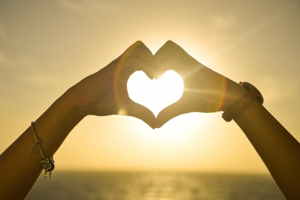 キザな言葉も英語にすれば…… 恋愛にまつわる英語の名言集 4番目の画像