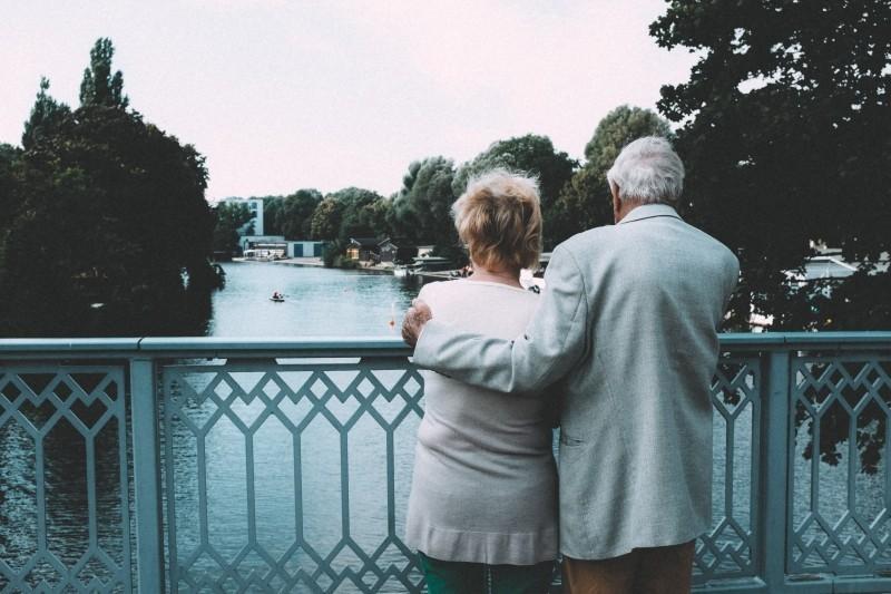 夫婦合わせて年金受給額どれくらい? ケース別シミュレーション 1番目の画像