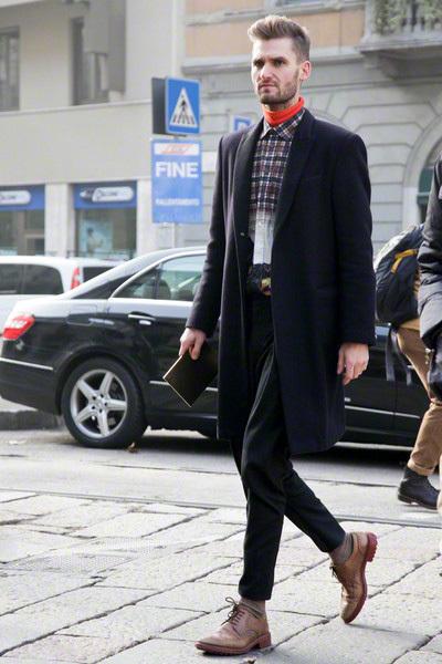 今どきメンズは外せない「タートルネックの着こなし」:清楚風からカジュアル風まで幅広く着こなせ! 4番目の画像