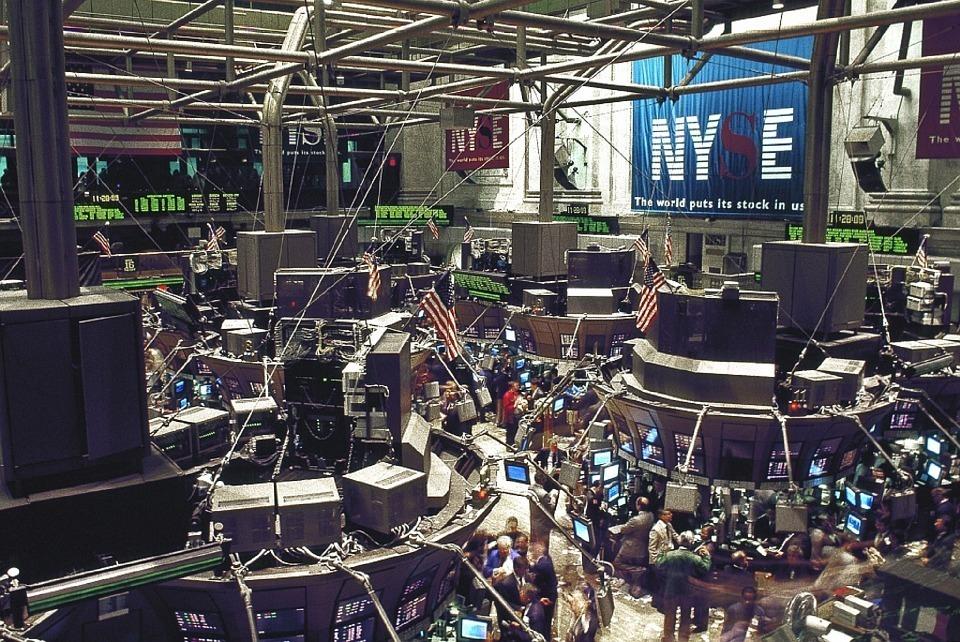 投資初心者は知っておきたい! FXと株式投資はどっちが儲かるの? 1番目の画像