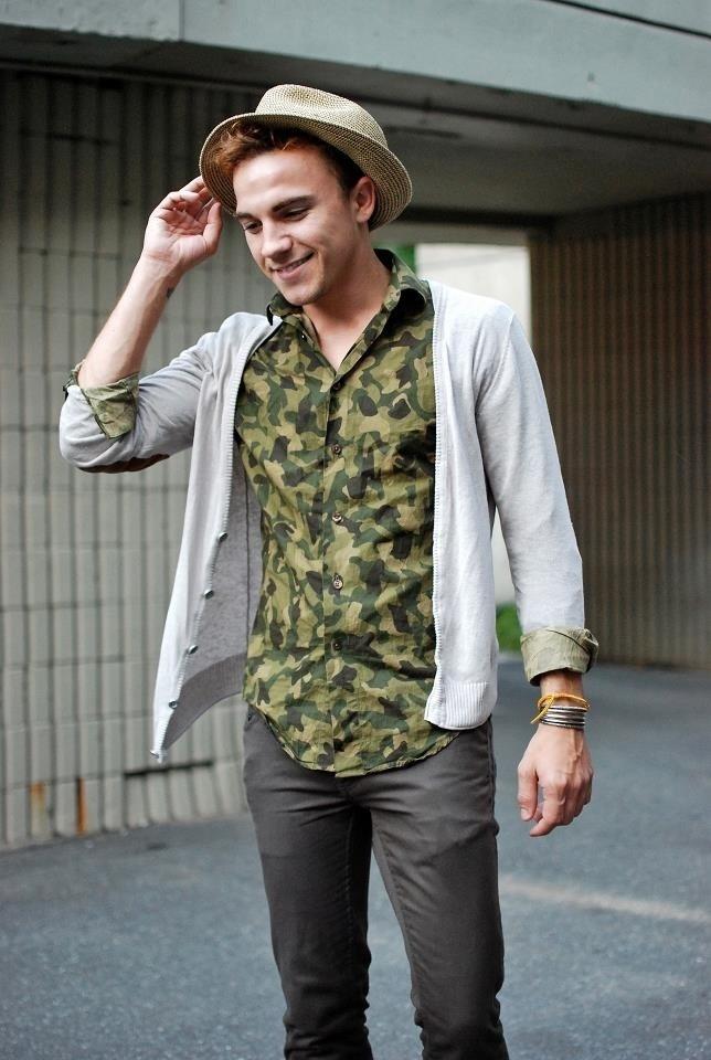 """オールシーズン活躍の""""迷彩柄""""でファッションを楽しむ。海外のお洒落メンズに見る、迷彩の着こなし術 6番目の画像"""