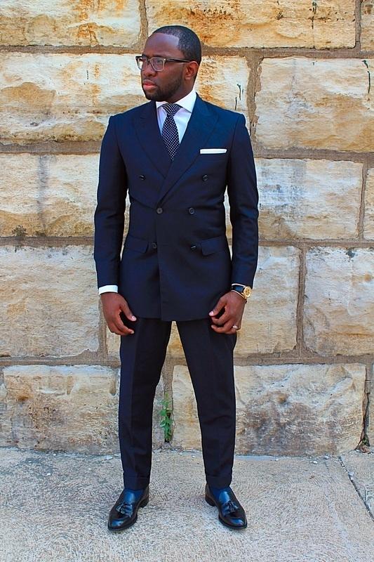"""ダブルスーツが実現する大人の品格:着こなしを抑えて""""ワンランク上""""のスーツスタイルを 2番目の画像"""