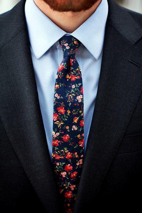 """ネクタイが彩る、魅惑のネイビースーツコーデ集:""""いつも""""を変えるたった4つのテクニック 12番目の画像"""