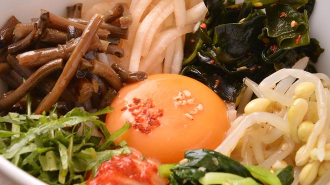 ワンコインで「美味い!」と評判の絶品ランチが食べられる! 東京都内のおすすめランチ20選 13番目の画像