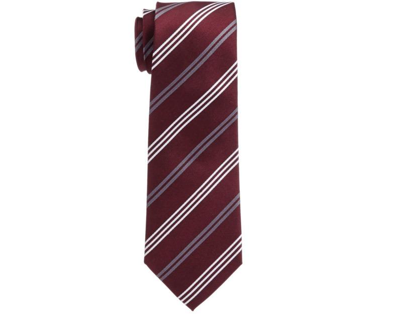 スーツにもネクタイでトレンドを:注目カラー「マルサラカラー」が今季のトレンドをかっさらう! 4番目の画像