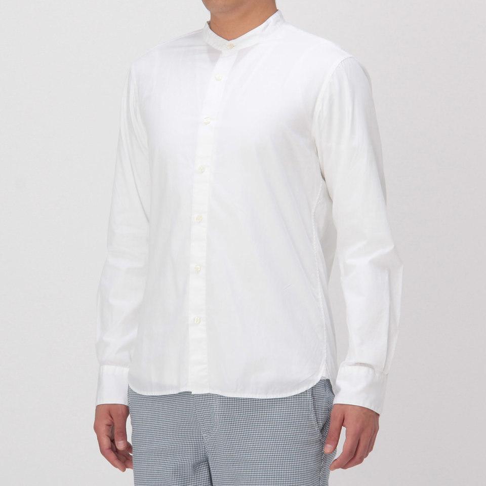 """メンズファッションの大黒柱、""""白シャツコーデ""""決定版:これからの季節には白シャツで爽やかに飾れ 24番目の画像"""